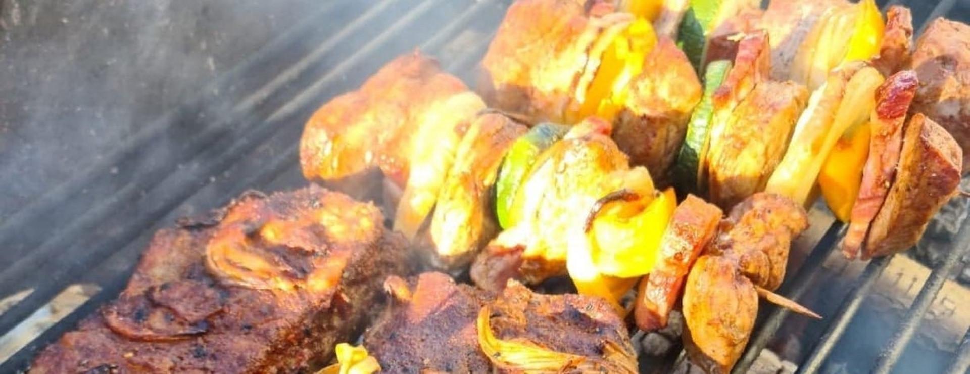 Majówkowy grill w Zatoce Smaków